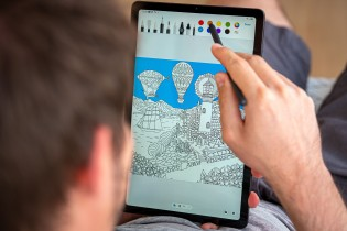 Typing and drawing with the S Pen